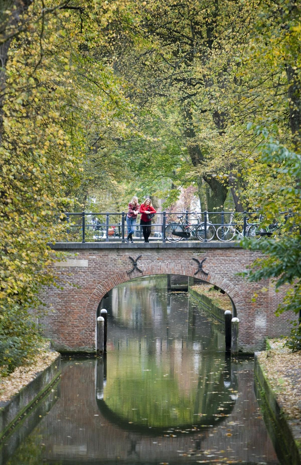 Oudegracht20-c-Willem-Mes_Toerisme-Utrecht-Afgekocht-e1481209370764