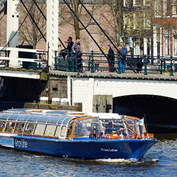 Amsterdam-Canal-Cruise-dutch-matters
