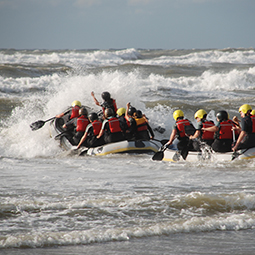 surf-rafting-experience-activity-dutch-matters