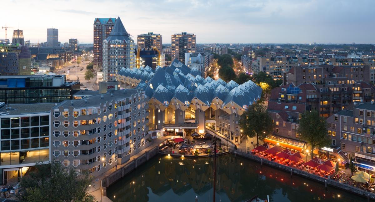 1502-Rotterdam-Image-Bank