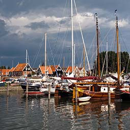 visit-old-fishermans-village-the-netherlands