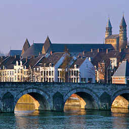 must-see-the-netherlands-old-town-Maastricht-event-management-255