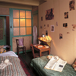 Anne-Frank-huis-amsterdam-tour-group-255